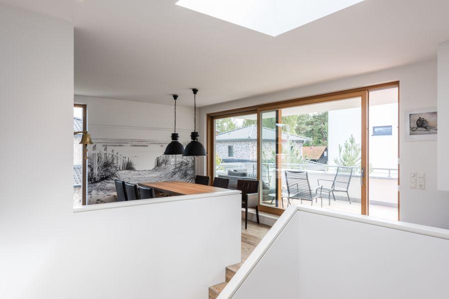 Das Gestaltungskonzept des Hauses orientiert sich am Bauhaus-Stil.